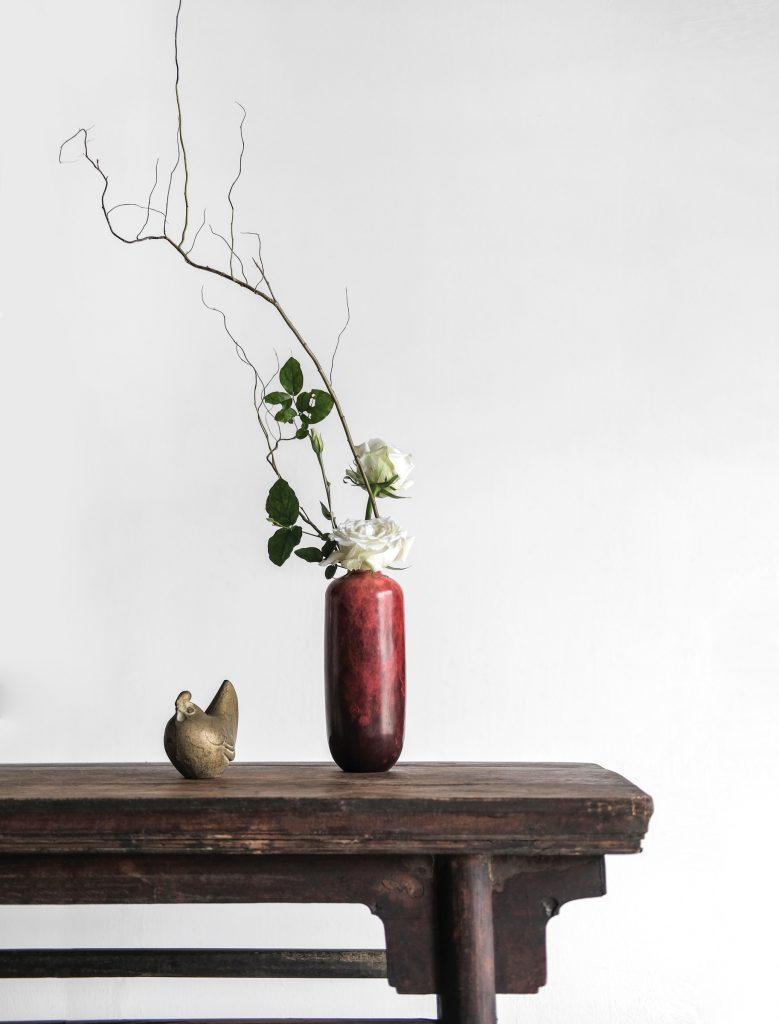 Nederlands Feng Shui Register - Vaas met bloem en tak